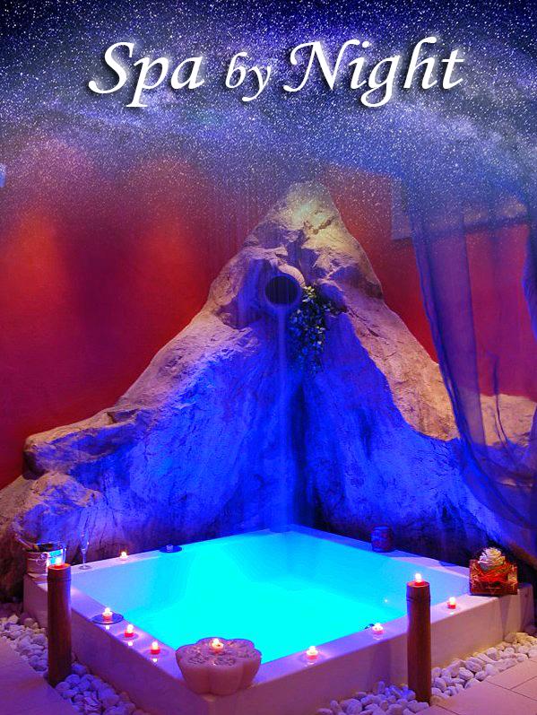 Spa by Night scritta con cielo stellato e Minipiscina